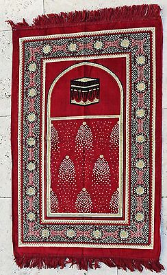 Islamic Prayer Rug with Kaaba - Red with gold accents
