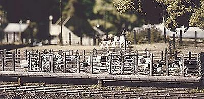 Cattle Dock Plastic Kit OO  Model Trains OO/HO from Ratio Models