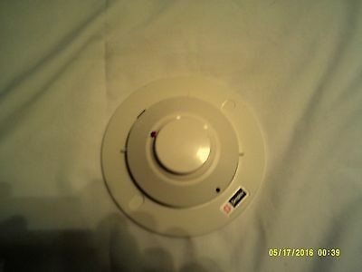 Simplex 2098-9209 PHOTOELECTRIC SMOKE DETECTOR HEAD EXCELLENT CONDITION W/ BASE