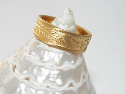 Wonderful Art Massive.925 Sterling Silver With Feather Design Ring-18 K Gold Pl