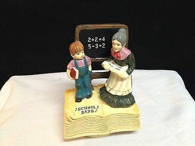 Vintage SANKYO Albert Price SCHOOL DAYS Ceramic MUSIC BOX 1974 JAPAN