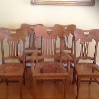 Antique Oak Dining Chairs 4 Sidechairs + 1 Armchair
