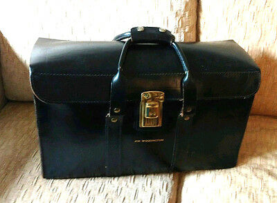 VINTAGE Black LEATHER SATCHEL Duffle Overnight Bag Doctors Medical  Valise