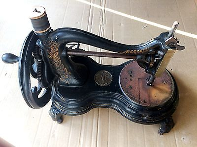 JONES HAND Sewing MACHINE 1891 Nähmaschine Serial No 110625