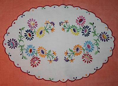 Large Vintage Embroidered Doily With Scalloped Edge