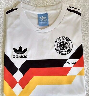 Embroidered 1990 West Germany home retro football shirt - M