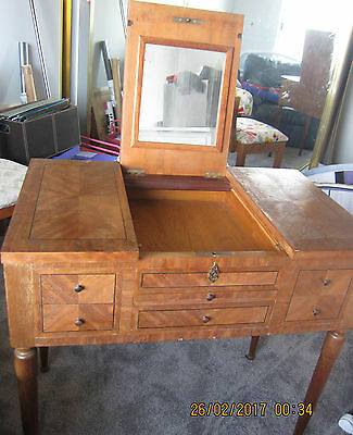 Dressing table 1900s