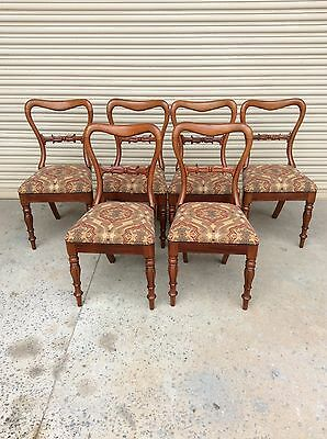 6 Mahogany Antique Chairs With Tapestry Seats In Excellent Condition