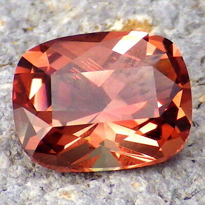 ROSE PINK-RED-GREENISH SCHILLER OREGON SUNSTONE 2.34Ct FLAWLESS-FOR TOP JEWELRY!