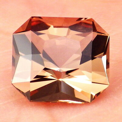 COPPER RED-PEACHY OREGON SUNSTONE 4.55Ct FLAWLESS-BRIGHT COLOR FOR HIGH-END JEW.