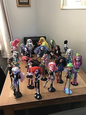 25 monster high dolls bundle
