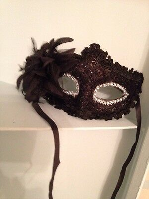 Black Lace  Mask . Mascarade Or Ball Tie On Mask . Fancy Dress Mask With Glitter