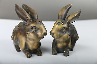 A pair Exquisite  Chinese hand carved rabbit brass statue J300