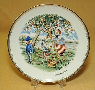 Normandie France folkloric PLATE/ more pictures below