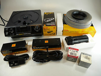 Kodak Medalist II Slide Projector Bundle w/ New Lens / Remote / Bulbs / & Tray