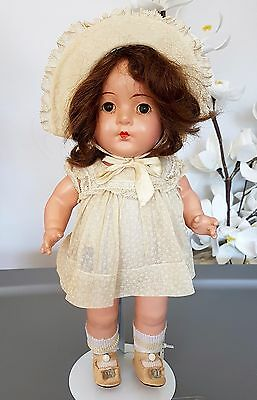 """Madame Alexander Composition Doll Dionne Quintuplet Doll 14"""" tall YVONNE Antique"""
