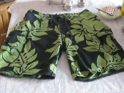 Men's Quiksilver  Board Shorts / Swimming Trunks Size 32 Not Lined