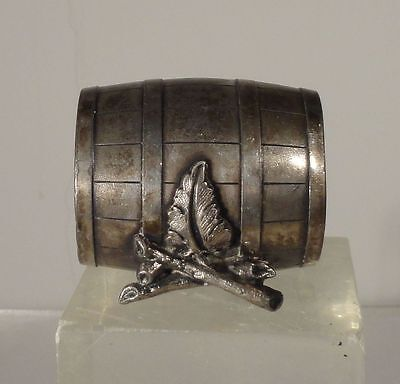 Antique Vintage Silverplate Napkin Ring Holder Meriden Reed and Barton