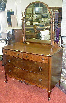 Landstrom Furniture 1930's low chest of drawers with mirror. Matches l... Lot 24