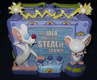 Warner Brothers Animaniacs Pinky and the Brain 6 Sided Desk Sign Paperweight