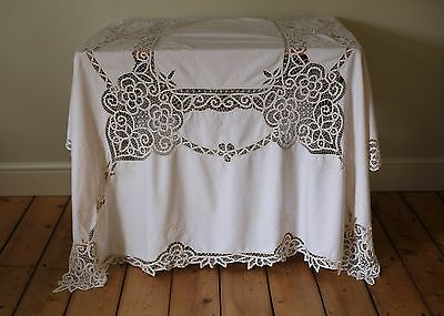 Lovely Vintage Cream Hand Embroidered Floral Tablecloth Battenburg Lace