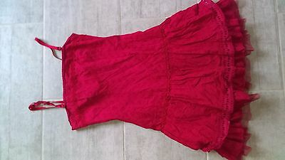 Jolie robe rouge taille 36/38