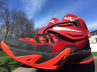 Nike Zoom Lebron Soldier 8 Black/Red Basketball Sneakers Size 4Y, 653645-009