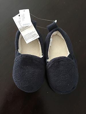 New With Tags Toddler Boys Blue Gap Slippers Size 5 6