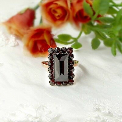 Vintage rectangular ring with facetted garnet in Art-Deco style    ГРАНАТ