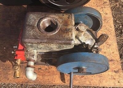 2 HP Cushman Cub Hit Miss Flywheel Gas Stationary Engine Good running engine
