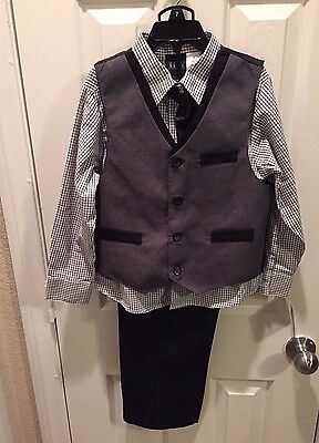 TFW Boy's 4 Piece Vest Set NEW with Tags Size: 7
