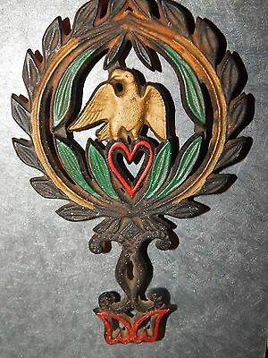 Vintage JZH Cast Iron 1949 American Eagle Trivet Laurel Wreath Heart