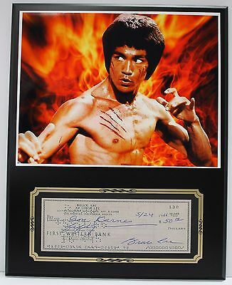 Bruce Lee Signed Bank Check Reproduction With Photo Display - USA Ships Free