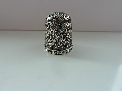 Silver sewing thimble: Henry Griffiths & Son, Birmingham, 1925