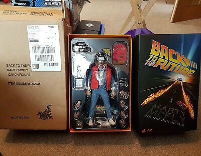 hot toys marty mcfly Figure Back To The Future 1/6 new never opened rare