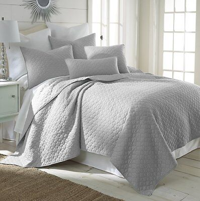 Midwest Nena Solid Quilt Bedding Bedspread Coverlet Pillow Cases Set Twin