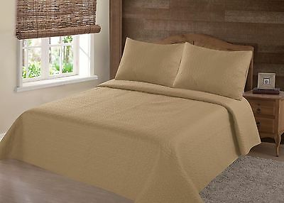 Midwest Gold Nena Solid Quilt Bedding Bedspread Coverlet Pillow Cases Set