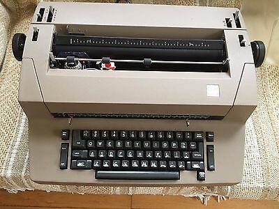 Vintage IBM Correcting Selectric II Electric Typewriter Working with Extra Ribbo