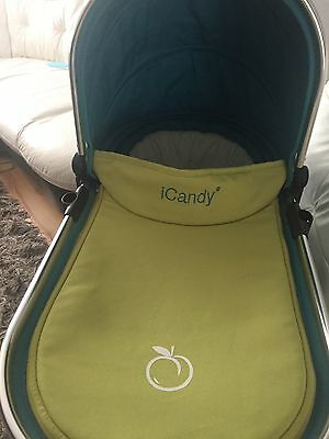 icandy peach carrycot In Sweatpea £20