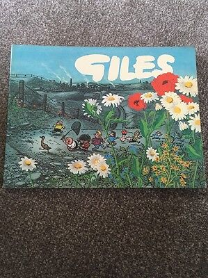 GILES ANNUAL SERIES 25  1970 / 1971  INTRO by THE TWO RONNIES