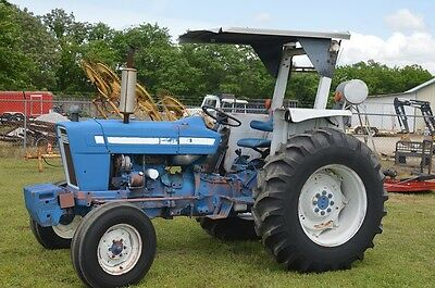 Ford 4600 diesel tractor - One Owner - Dual factory remotes - UNIT # 2
