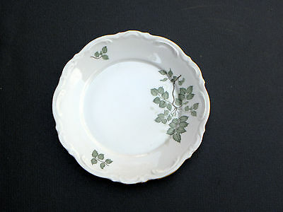 """GREEN LEAVES by MITTERTEICH FINE BAVARIAN CHINA ~ 7 3/4"""" salad plate ~ GERMANY"""