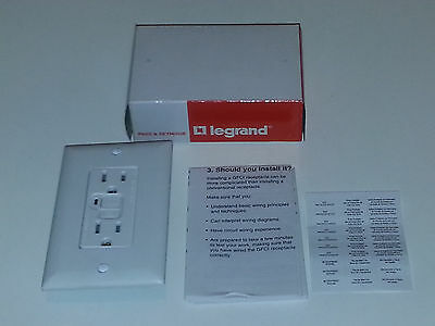 Pass & Seymour 1595-W GFCI Duplex Receptacle Trip Light 15A 125V & Wall Plate