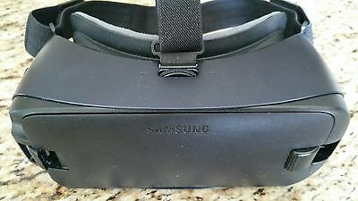 SAMSUNG Gear VR 2016 Select Samsung Cell Phones No USB Adaptor SM-R323NBKAXAR