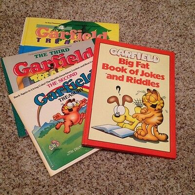 Vintage Garfield the Cat Comic Book Lot of 4