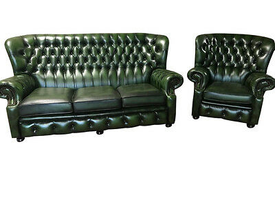 Attractive and Very Clean Chesterfield  Leather Salon Set in Warm Green