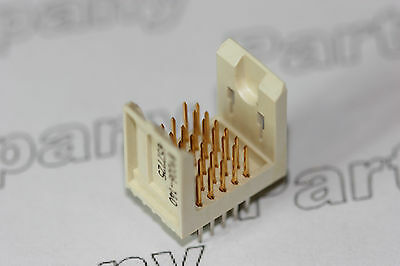 89006-140 FCI Metral Backplane Connector 12mm 5 Row 30 Pin