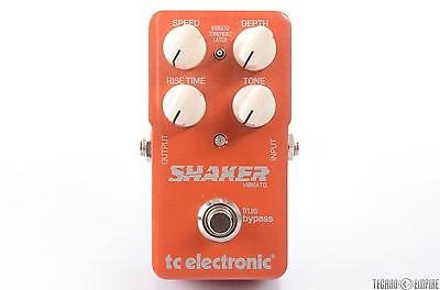 TC ELECTRONIC Shaker Vibrato Guitar Effect Pedal W/ Patch Cables #28188