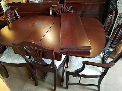 Federal Duncan Phyfe dropleaf dining table.+.6 shield back chairs. Expands 2-8'