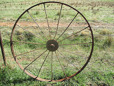 NO -- 2 ---  VINTAGE  STEEL  WHEEL  GREAT  DISPLAY  FOR  GARDEN  -LARGE  4 ft